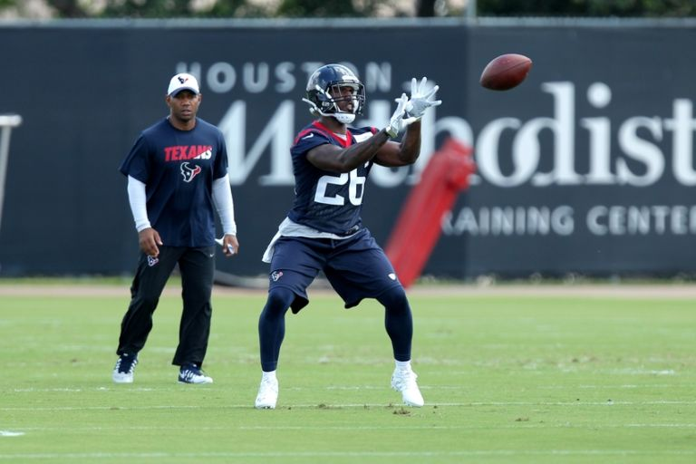 Lamar-miller-nfl-houston-texans-minicamp-768x512