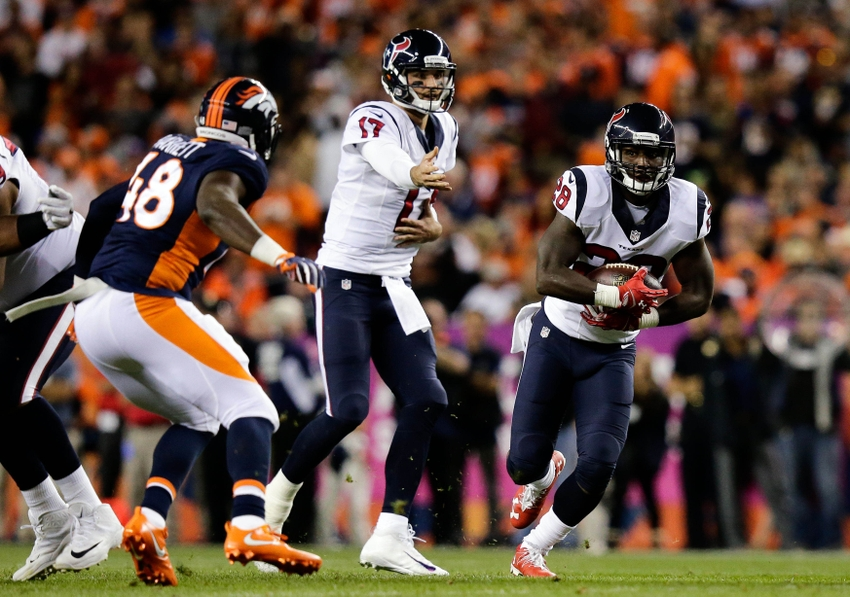 9630324-brock-osweiler-shaquil-barrett-alfred-blue-nfl-houston-texans-denver-broncos-1