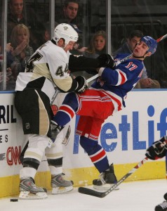 The Rangers are giving Dubinsky a stick to the face too with their recent contract offer. (meltyourfaceoff.com)
