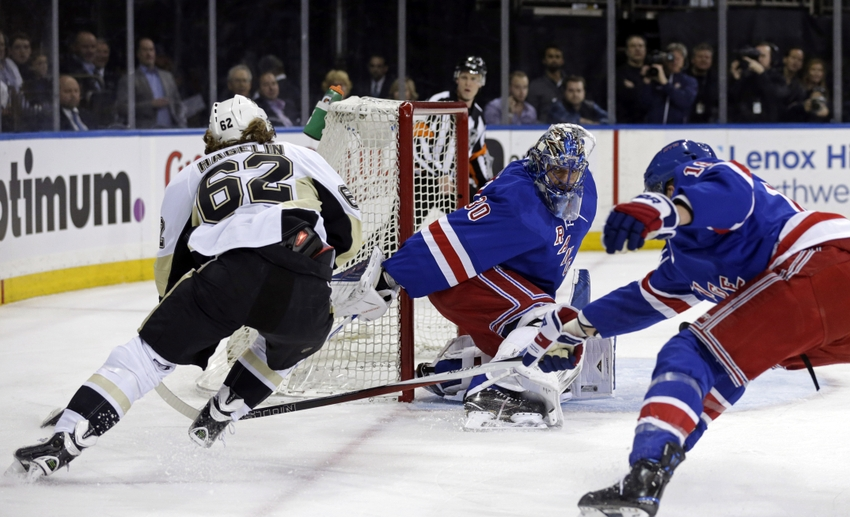 Carl-hagelin-henrik-lundqvist-nhl-stanley-cup-playoffs-pittsburgh-penguins-new-york-rangers