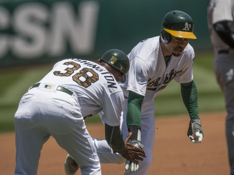 Coco-crisp-ron-washington-mlb-minnesota-twins-oakland-athletics-768x576