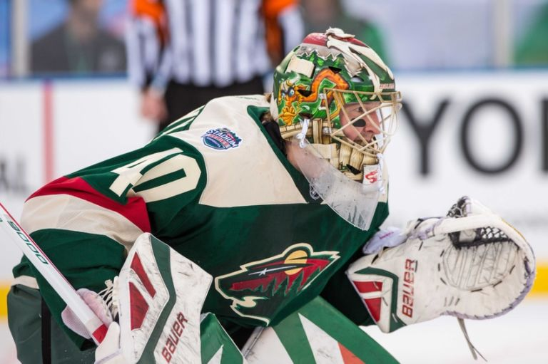 9145303-devan-dubnyk-nhl-stadium-series-chicago-blackhawks-minnesota-wild-768x511