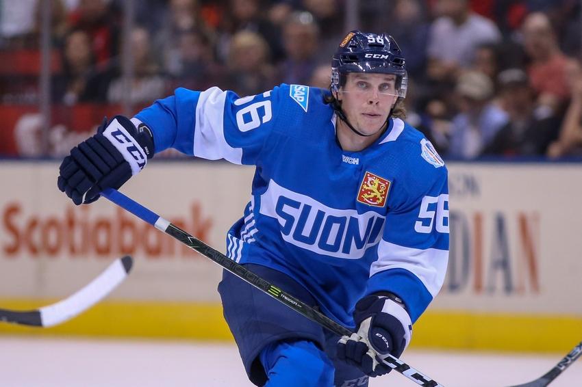 9555688-erik-haula-hockey-world-cup-of-hockey-team-finland-vs-team-north-america