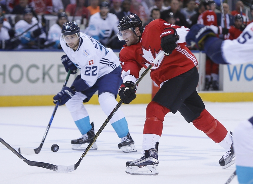 9556818-steven-stamkos-nino-niederreiter-hockey-world-cup-of-hockey-team-canada-vs-team-europe-1