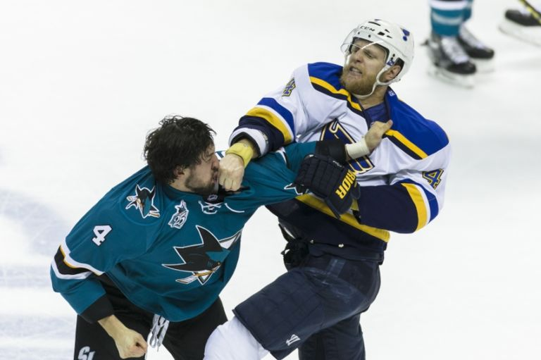 Brenden-dillon-carl-gunnarsson-nhl-stanley-cup-playoffs-st.-louis-blues-san-jose-sharks-768x511