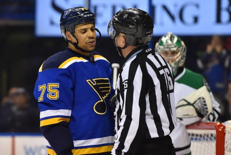 Michel-cormier-ryan-reaves-nhl-stanley-cup-playoffs-dallas-stars-st.-louis-blues-768x516