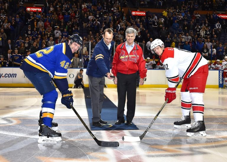 9057054-david-backes-eric-staal-nhl-carolina-hurricanes-st.-louis-blues-768x546
