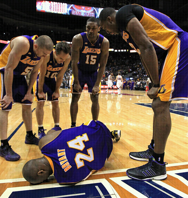 kobe-bryant-ankle-injury