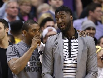 Metta-world-peace-roy-hibbert-nba-los-angeles-lakers-indiana-pacers-e1455094472848