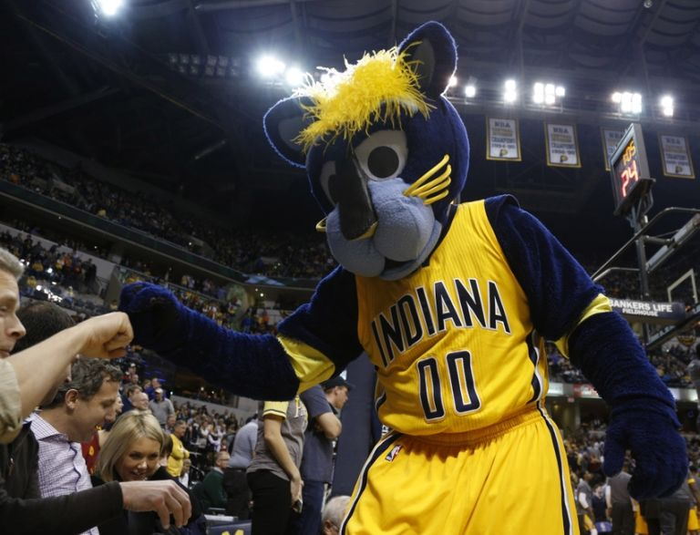 Nba-detroit-pistons-indiana-pacers-768x0