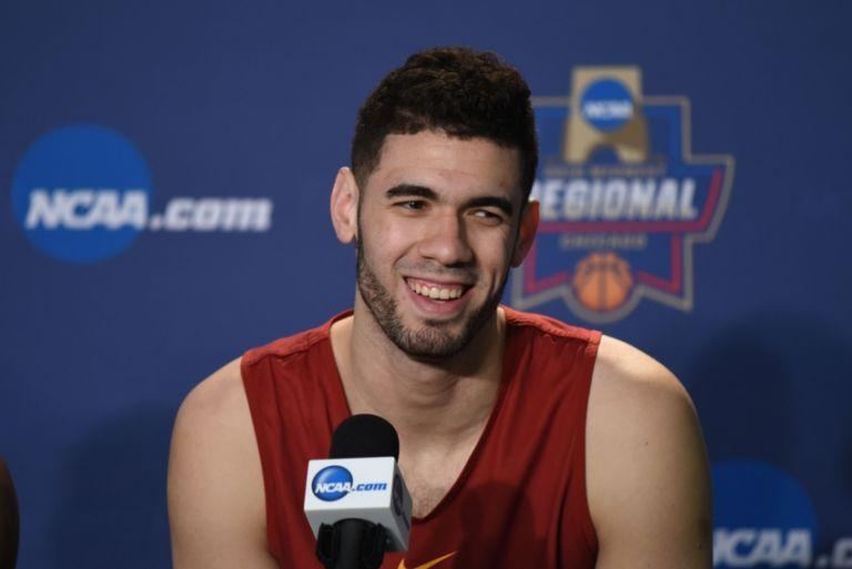 Georges-niang-ncaa-basketball-ncaa-tournament-midwest-regional-practice-768x513