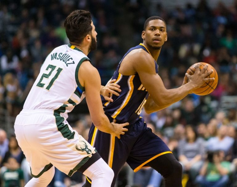 9253277-glenn-robinson-iii-nba-indiana-pacers-milwaukee-bucks-768x605