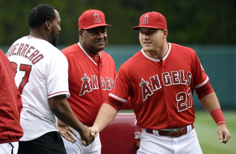 Don-baylor-vladimir-guerrero-mike-trout-mlb-texas-rangers-los-angeles-angels-768x501