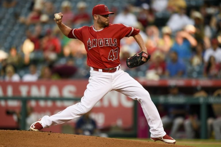 9469315-ricky-nolasco-mlb-seattle-mariners-los-angeles-angels-768x511
