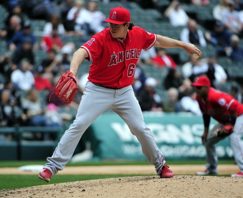 9260362-mlb-los-angeles-angels-chicago-white-sox