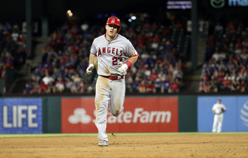 9556582-mike-trout-mlb-los-angeles-angels-texas-rangers