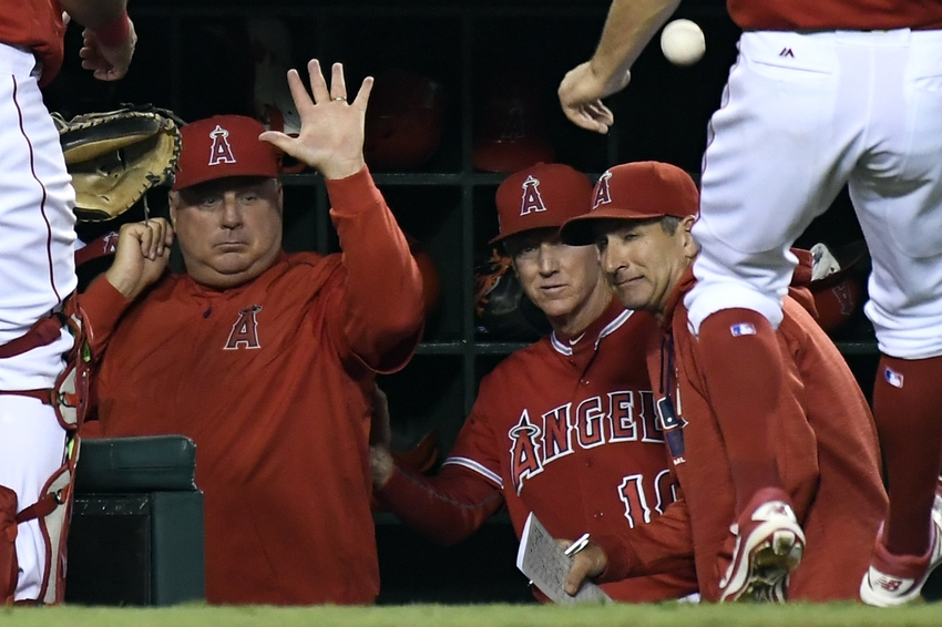9539643-mike-scioscia-mlb-seattle-mariners-los-angeles-angels