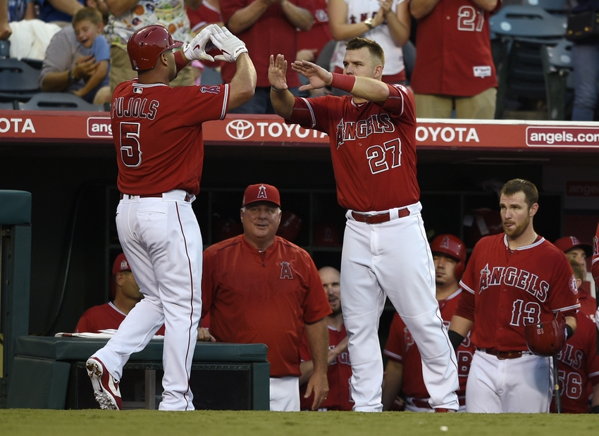 9547107-albert-pujols-mike-trout-mlb-toronto-blue-jays-los-angeles-angels
