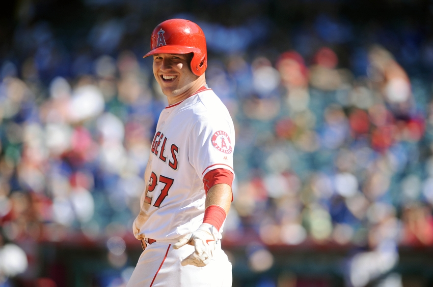 9551473-mike-trout-mlb-toronto-blue-jays-los-angeles-angels