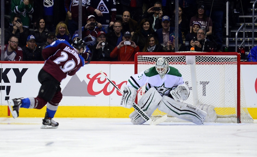 Nathan-mackinnon-antti-niemi-nhl-dallas-stars-colorado-avalanche