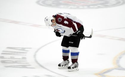 Matt-duchene-nhl-colorado-avalanche-nashville-predators-420x260