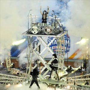 Jan 25, 2014; Los Angeles, CA, USA; KISS performs during the Stadium Series hockey game at Dodger Stadium. Mandatory Credit: Jayne Kamin-Oncea-USA TODAY Sports