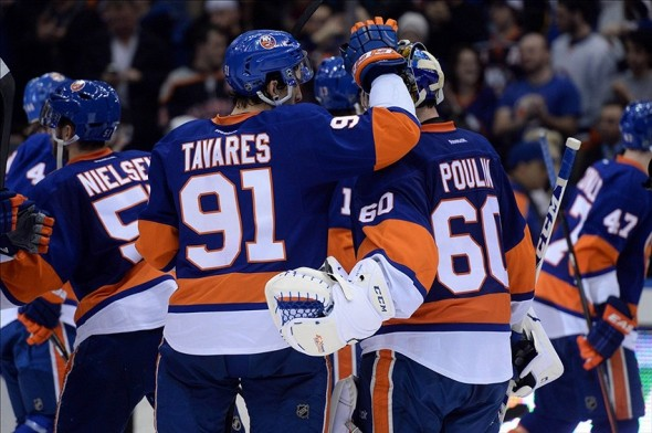 Tavares records five points including his 300th