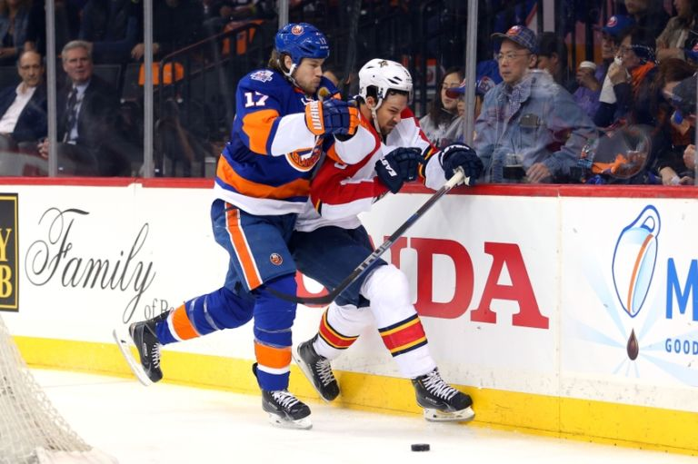 Alex-petrovic-matt-martin-nhl-stanley-cup-playoffs-florida-panthers-new-york-islanders-768x511