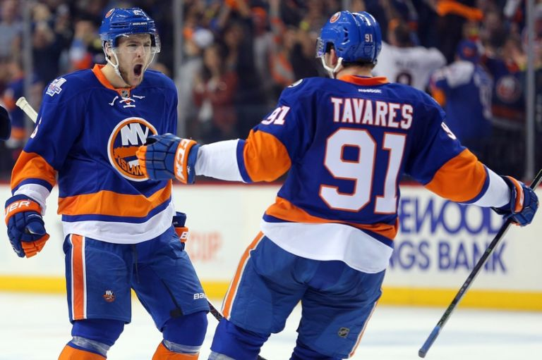 John-tavares-ryan-pulock-nhl-stanley-cup-playoffs-florida-panthers-new-york-islanders-768x511