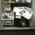 Tulo batting gloves/jersey