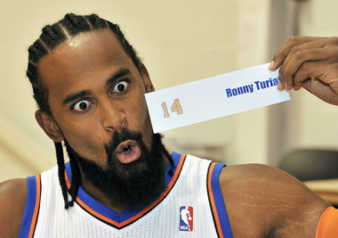 Heat to Sign Ronny Turiaf - 8944354-large
