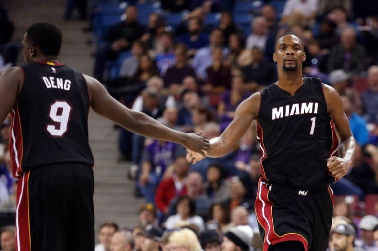 Chris-bosh-luol-deng-nba-miami-heat-sacramento-kings-768x511