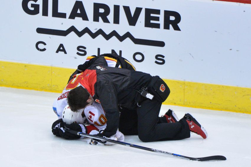Flames double Yotes 4-2