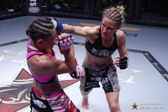 Barn Honchack throws a right punch at Vanessa Porto. Photo Credit: Esther Lin-Invicta FC