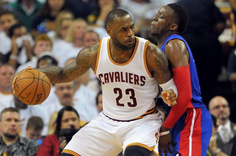 Reggie-jackson-lebron-james-nba-playoffs-detroit-pistons-cleveland-cavaliers-768x510