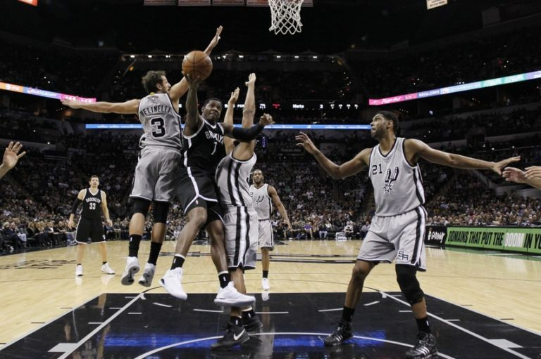 Joe-johnson-marco-belinelli-boris-diaw-nba-brooklyn-nets-san-antonio-spurs-768x511