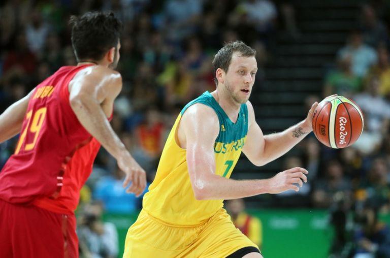 9494745-ricky-rubio-joe-ingles-olympics-basketball-men-768x508