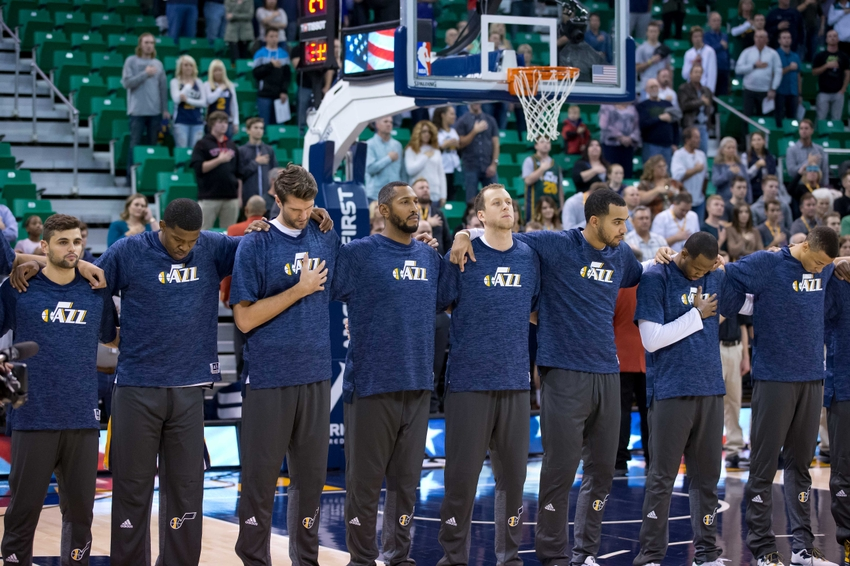 9615901-nba-preseason-los-angeles-clippers-utah-jazz