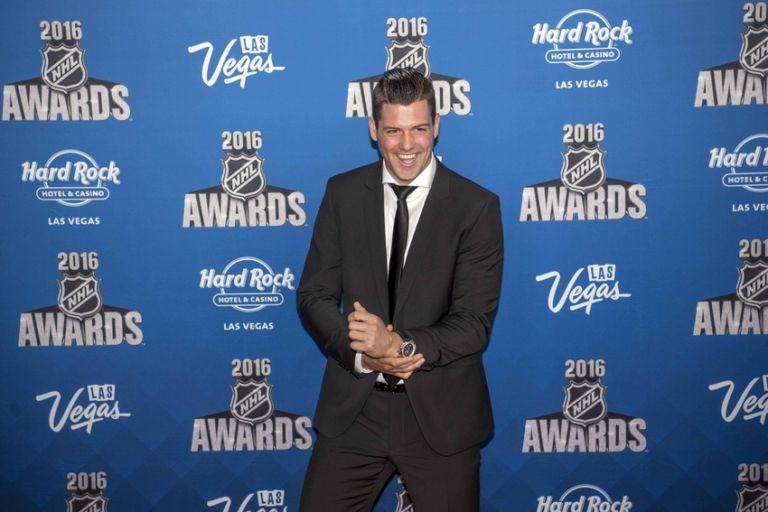 Jamie-benn-nhl-nhl-awards-768x512