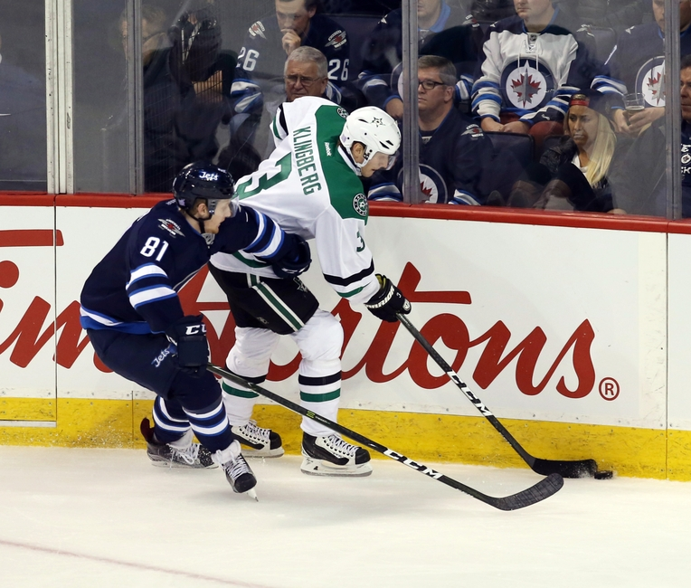 9636170-winnipeg-jet-kyle-connor-nhl-dallas-stars-winnipeg-jets