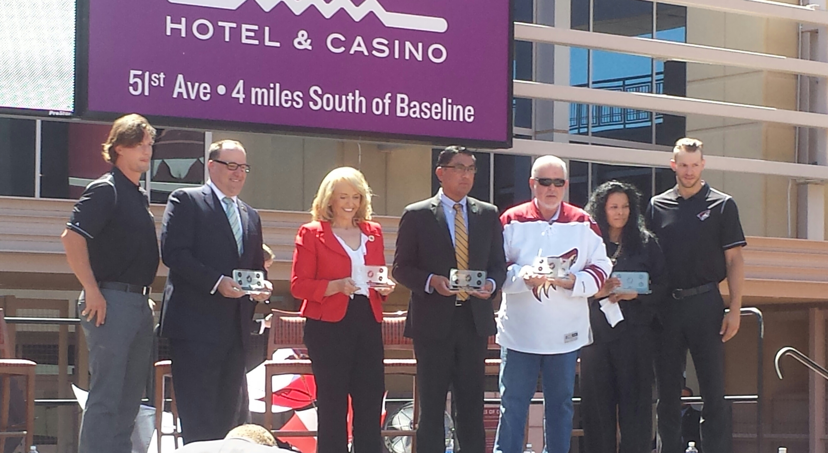 Arizona Coyotes: Glendale Arena Lease Court Update - Howlin' Hockey