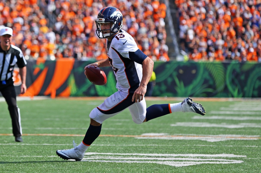 Trevor Siemian carted off with shoulder injury, Paxton Lynch in for Broncos