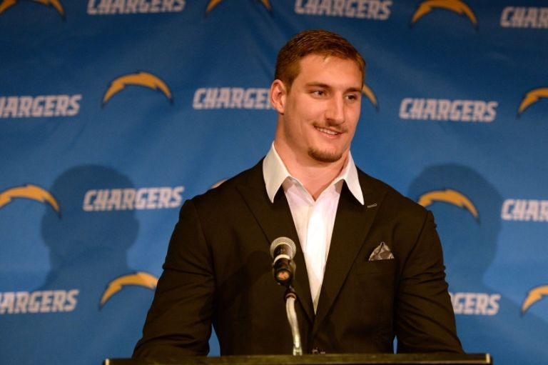 Joey-bosa-nfl-san-diego-chargers-joey-bosa-press-conference-1-768x511