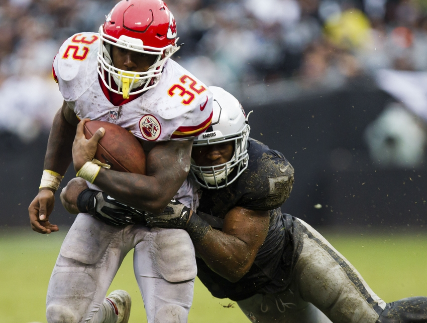 501bc44a0ce Locked on Chiefs - KC Strikes Back, Knocks off Oakland | FOX Sports