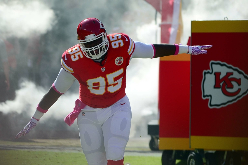 Oct 23, 2016; Kansas City, MO, USA; Kansas City Chiefs defensive tackle Chris Jones (95) is introduced prior to a game against the New Orleans Saints at Arrowhead Stadium. The Chiefs won 27-21. Mandatory Credit: Jeff Curry-USA TODAY Sports