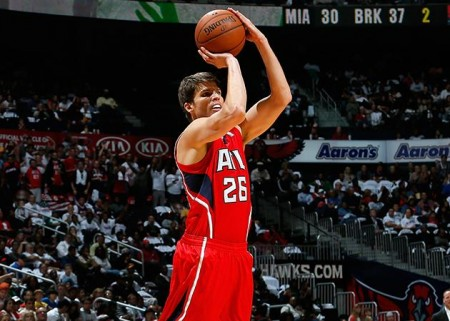 Kyle Korver launches a 3-pointer to extend his streak of consecutive games with a made 3-pointer to 82. (Kevin C. Cox/Scott Cunningham/Getty Images/NBA)