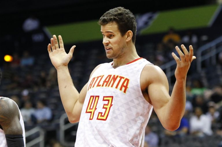 9192631-kris-humphries-nba-denver-nuggets-atlanta-hawks-768x511