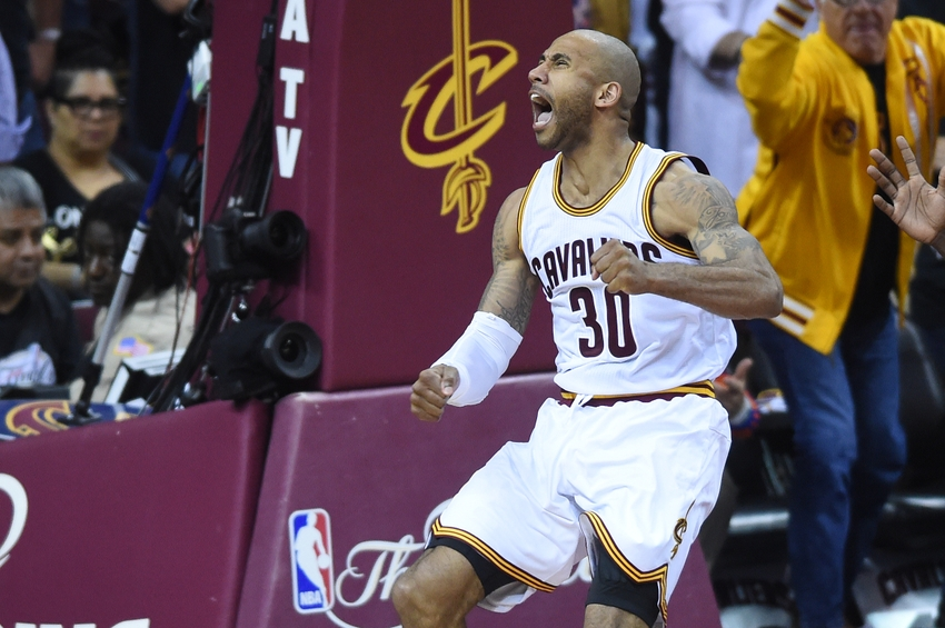 9344662-dahntay-jones-nba-finals-golden-state-warriors-cleveland-cavaliers-1
