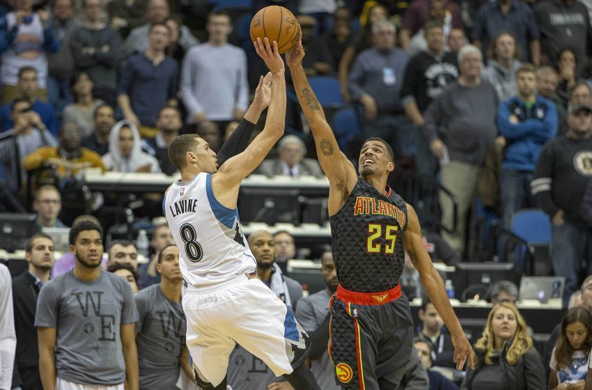 Nov 25, 2015; Minneapolis, MN, USA; Atlanta Hawks guard Thabo Sefolosha (25) blocks a shot from Minnesota Timberwolves guard <a rel=