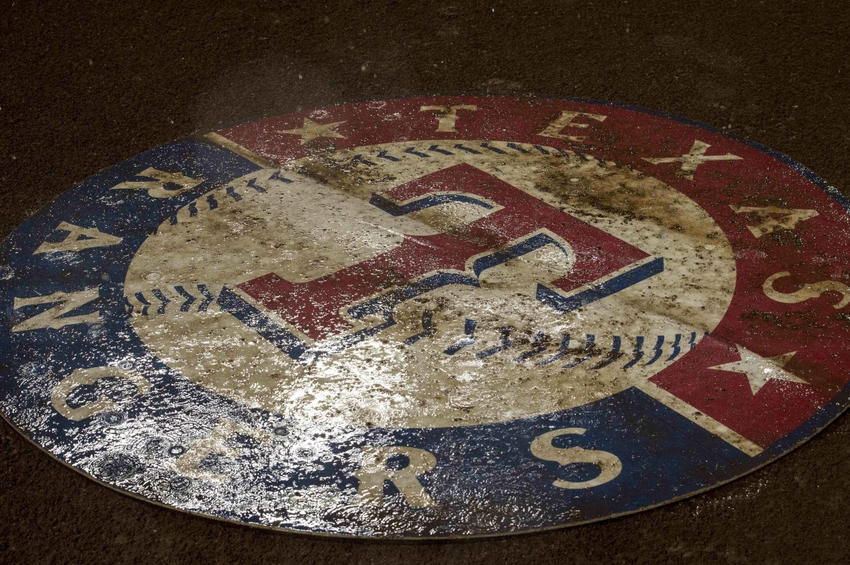 9553937-mlb-los-angeles-angels-texas-rangers